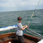 Captain Igloo® - foto bambino che pesca a Bibione